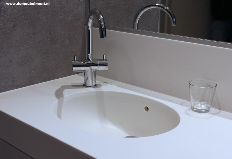 Badkamermeubel Met Kommen : Badkamermeubels de meubelmaat