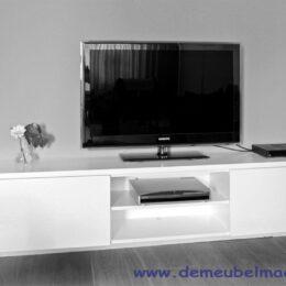 Hangende tv kast wit gespoten MDF