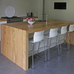 Keukeneiland dient tevens als tafel