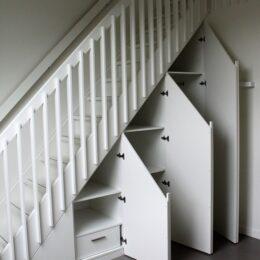 Opbergkast onder de trap