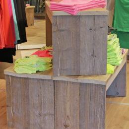 steigerhouten blokken voor kleding Express Wear