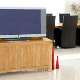tv kast eiken met tandverbinding